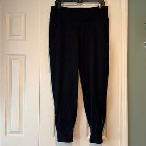 Lululemon Size 12 Black Jogger